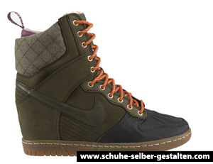 Nike Dunk Sky Hi SneakerBoot.